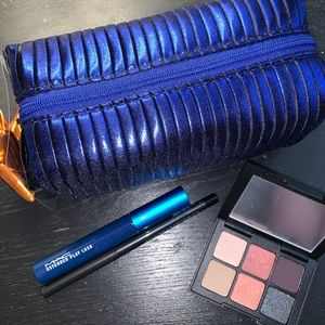 Mac Shiny Pretty Things Goody Bag: Smokey Eyes